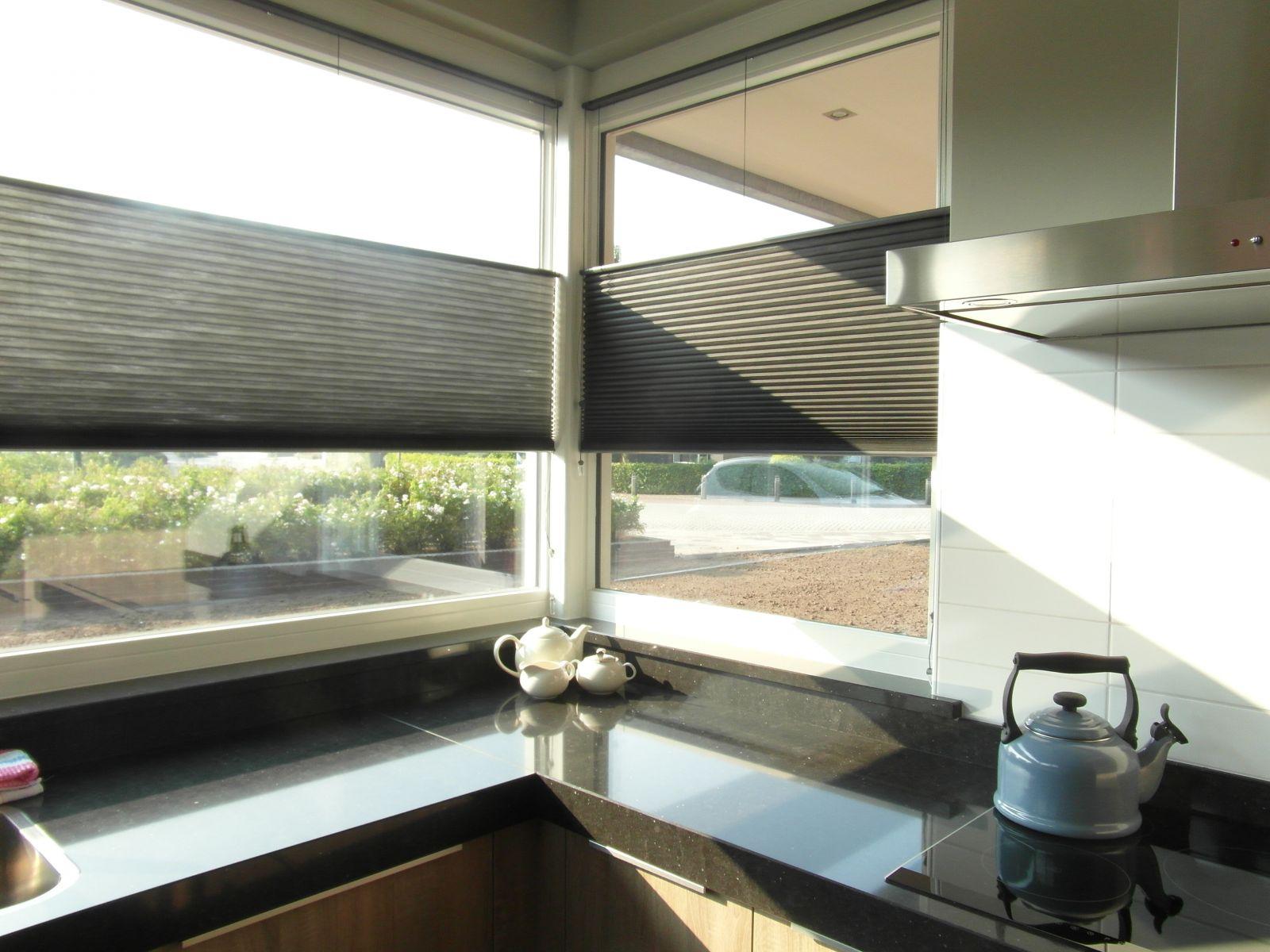 Raambekleding Keukenraam: Tip koop interieurartikelen zoals behang ...
